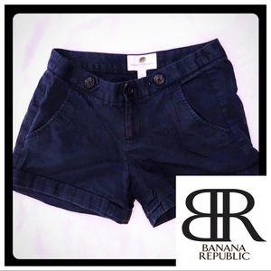 Banana Republic Shorts 0 Navy Button Detail